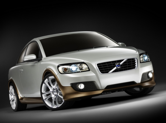 Volvo Cars extends e-Invoicing solution with interactive credit module